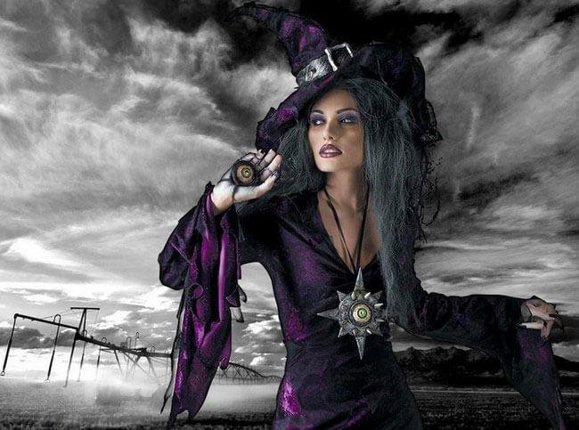 ведьма на шабаше